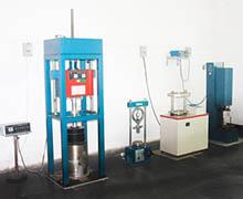 微型万能拉力机